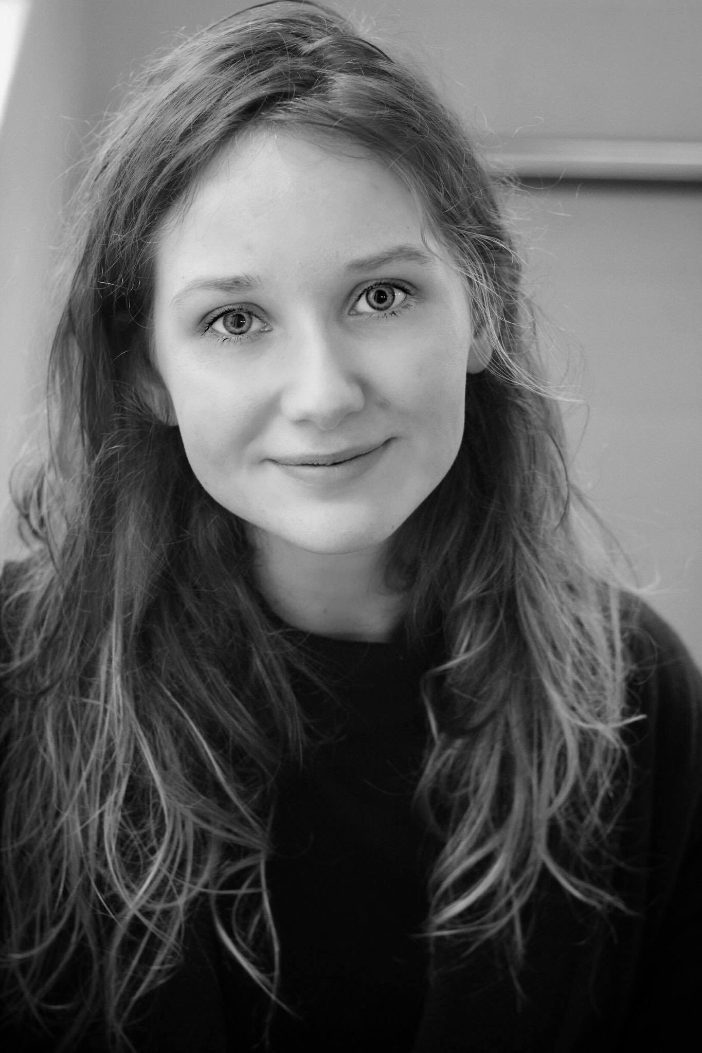 http://motiondanceinitiative.co.uk/wp-content/uploads/2018/05/Eleanor-profile.png